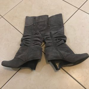naughty monkey Shoes - Gray Slouch Style Boots w Buckle Detail Size7.5🍁